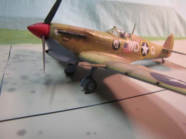 Spitfire Mk Vb trop.  The large sand filter under the nose is what makes this a trop.  Such work was done at depots, and it is part of the fun of model research to get the right shaped filter depending on which depot modified the particular aircraft you are building.